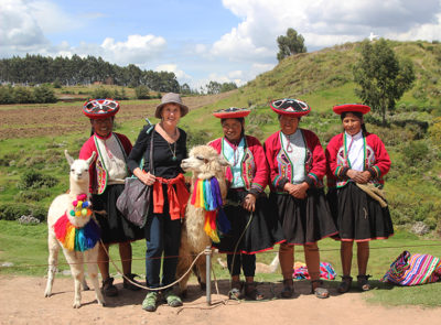 Visiting w the locals at Sacsayhuaman.